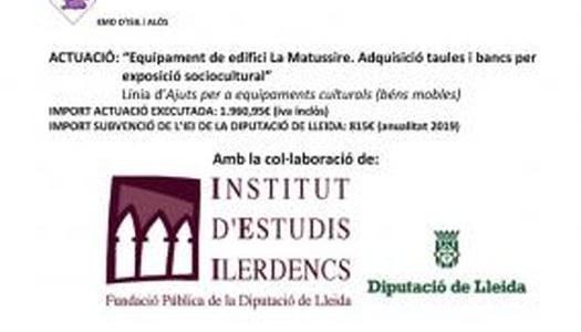 """NOUS EQUIPAMENT DE L'EDIFICI """"LA MATUSSIÈRE"""": TAULES I BANCS PER EXPOSICIÓ SOCIOCULTURAL"""